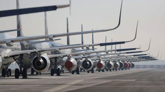 Planes straight