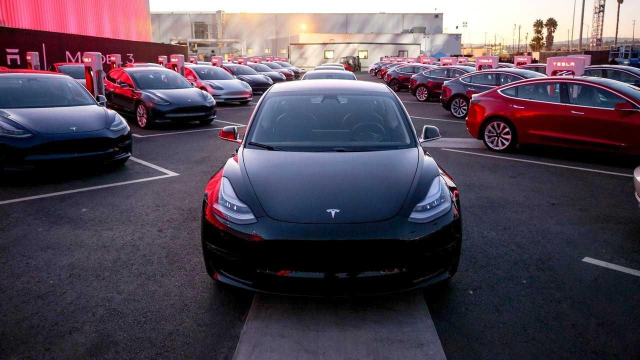 Tesla - Model 3 - Production