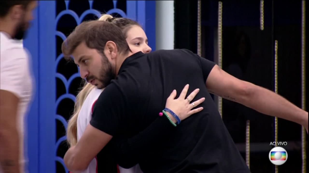 BBB21: Viih Tube leaves Caio out of the VIP and sibling quests option