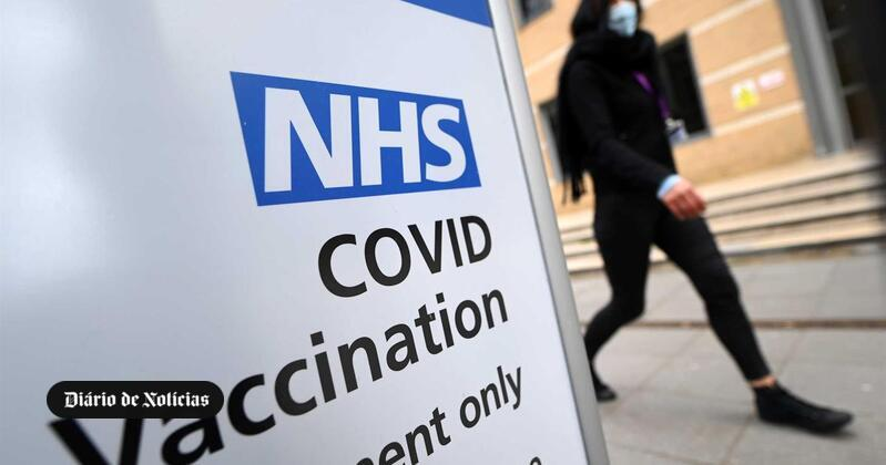 The United Kingdom vaccinated people 50 years before the deadline