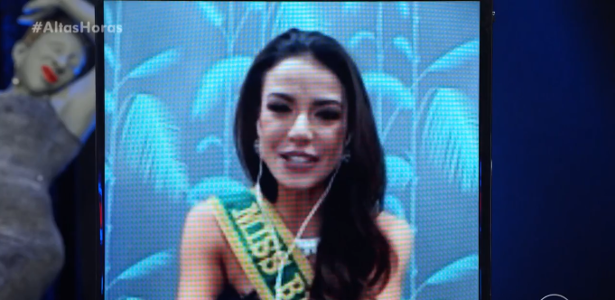 Julia Gamma wore a dress made in Paraisopolis to the Miss Universe contest