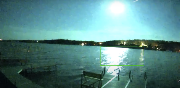 Meteor blue fireball exploding over the US  Watch videos
