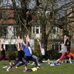 Outdoor sports and reunions with friends: England loosens lockdown |  Scientist