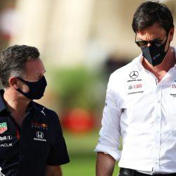 RBR hires five Mercedes engine engineers    Formula 1