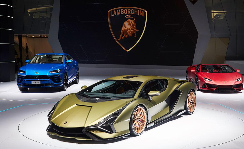 Lamborghini Cyan at the 2019 Frankfurt Motor Show