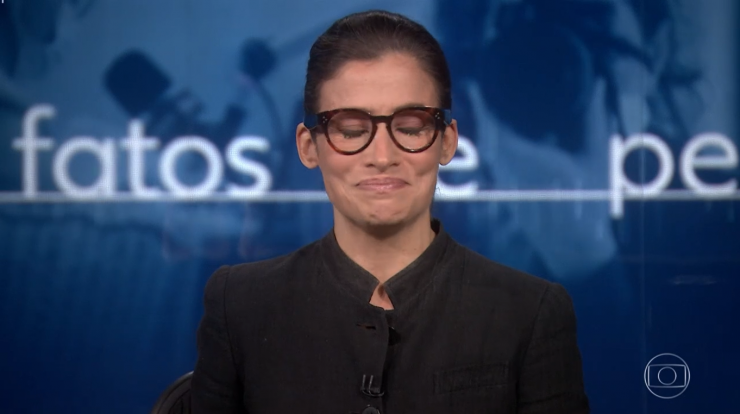 After Bonner's announcement, Renata Vasconcelos emotionally closes the newspaper