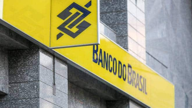 Discover the THREE Banco do Brasil credit cards that do not charge an annual fee