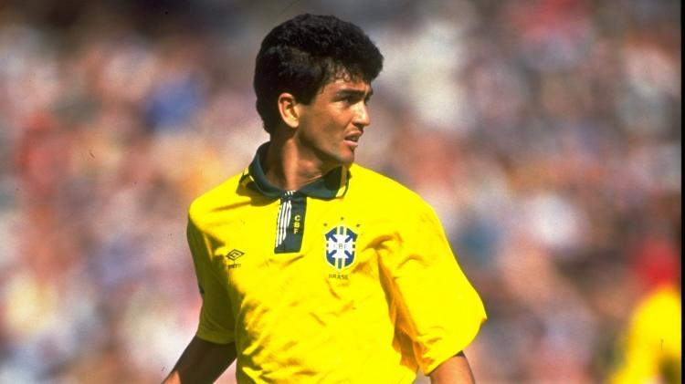 Bebeto, during a friendly match for the Brazilian national team in 1992 - David Cannon / Allsport - David Cannon / Allsport