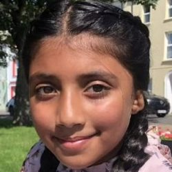 3D Printing - 10-year-old girl becomes first in UK to receive ears created with the help of Revista Gracer