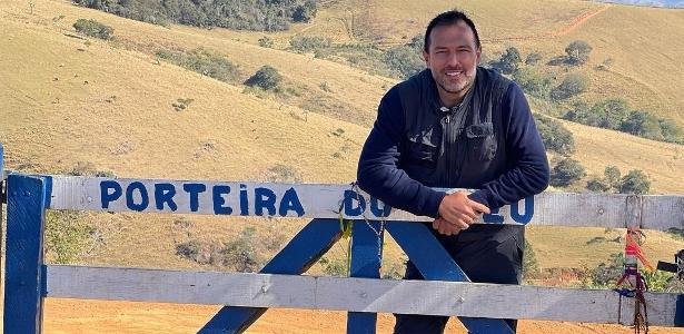 Reporter walks 421 km in SP after losing family members to COVID-19