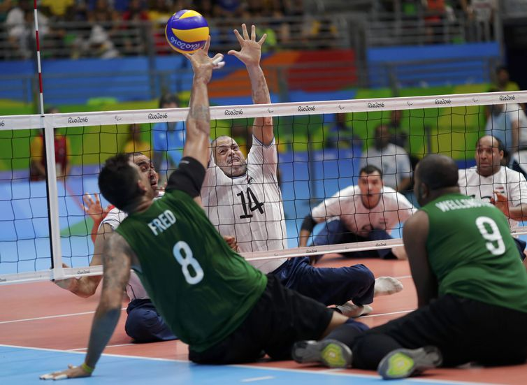 Brazil loses bronze against Egypt in men's volleyball, seated