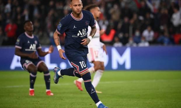 Third place - Neymar from Paris Saint-Germain.  $95 million - R$501.9 million Photo: FRANCK FIFE / AFP