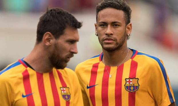 2017: Neymar and Messi, on the eve of the match against Juventus, prepare for the Champions Cup Photo: DON EMMERT / AFP