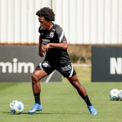 Anvisa is looking for Willian, of Corinthians, and trying to avoid his debut against Atlético-GO