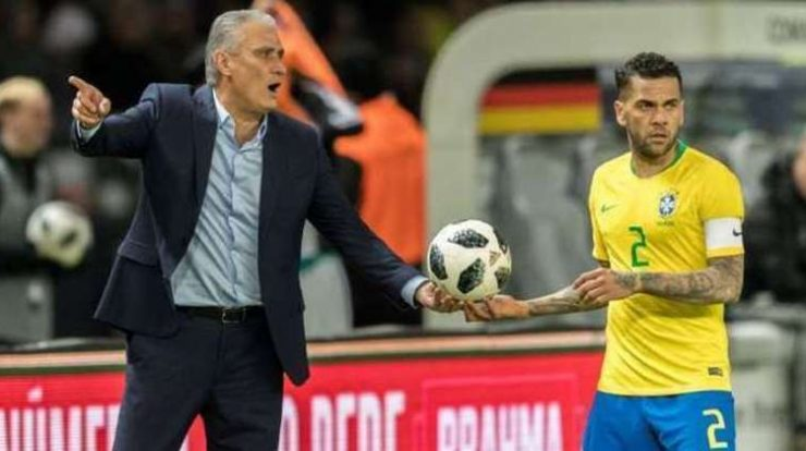 Titi did not call, but warned Daniel Alves.  Veteran vacant heads to cup - Prisma
