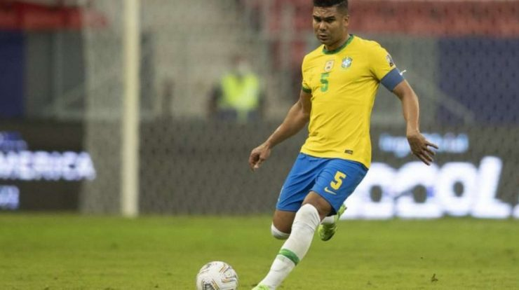 Casemiro is cut, and Tate calls up Douglas Luiz for a place in the Seleção in the playoffs.
