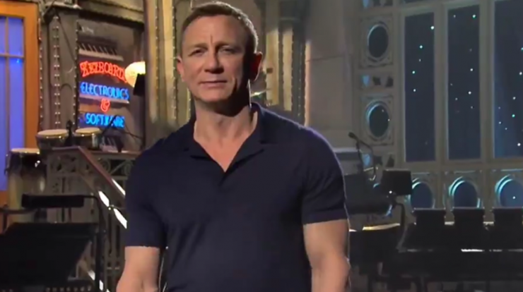 Daniel Craig Reacts to Knowing the Meme With His SNL Appearance
